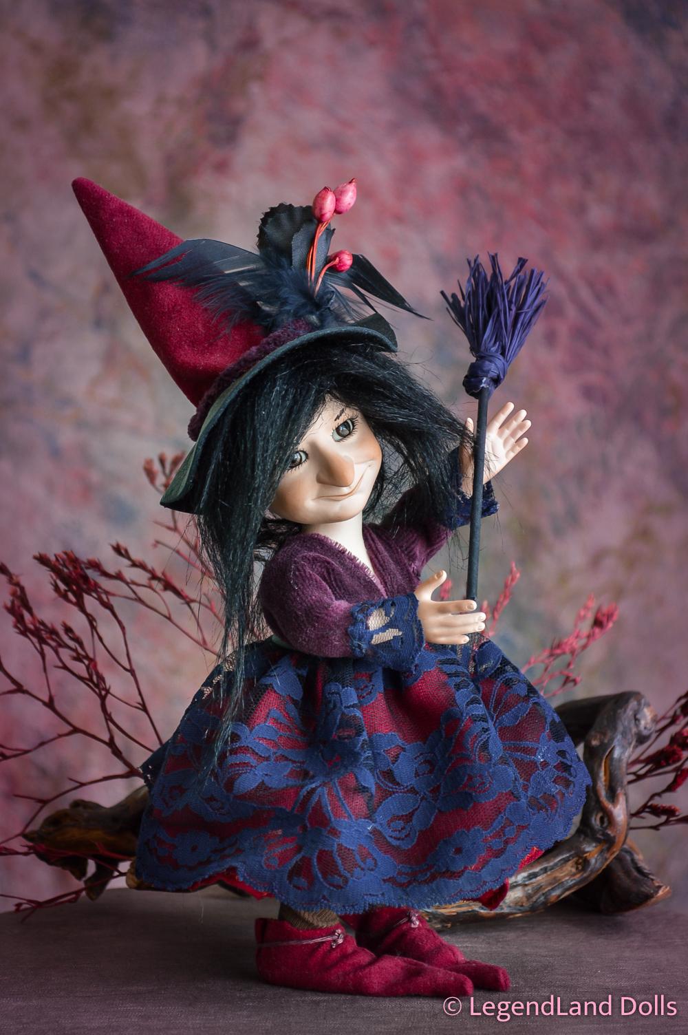 Boszi figura - Matilda a vajszívű   LegendLand Dolls