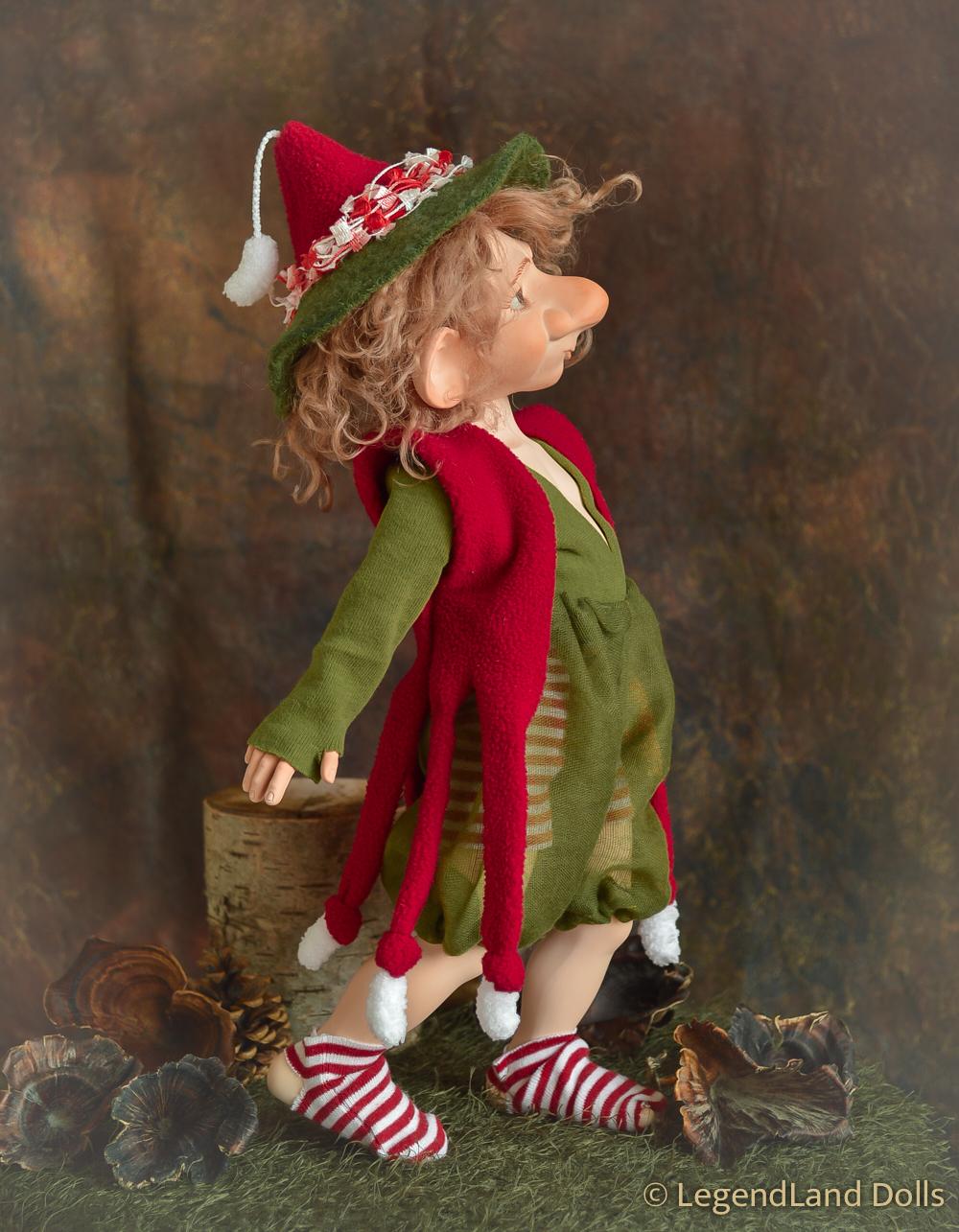 Manó figura - Ábel - délig alvó manó | LegendLand Dolls