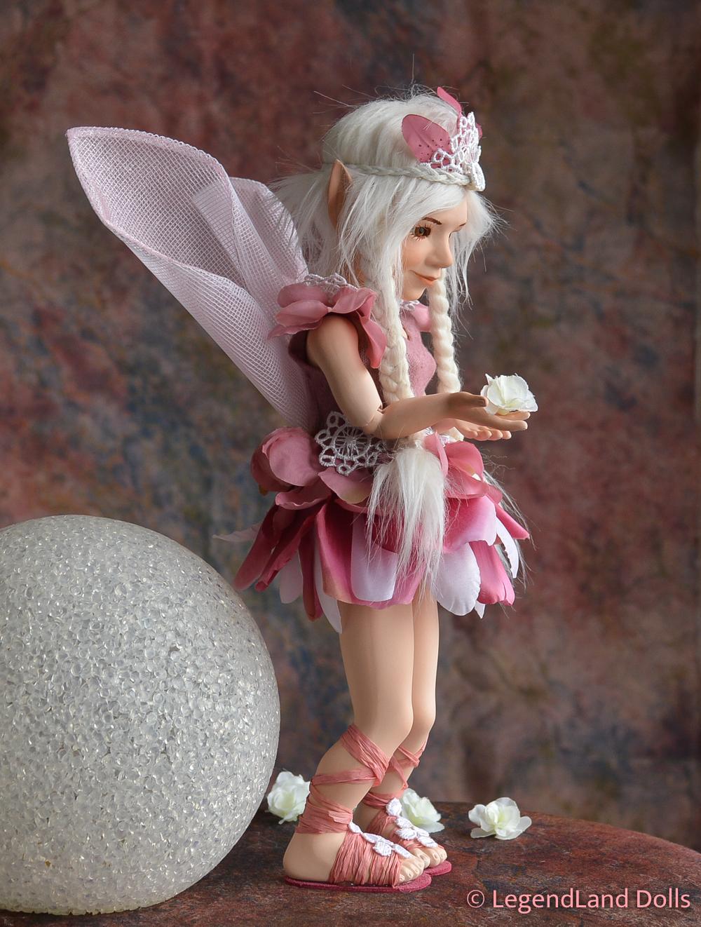 Tündér figura - Lucinda a remény tündére | LegendLand Dolls