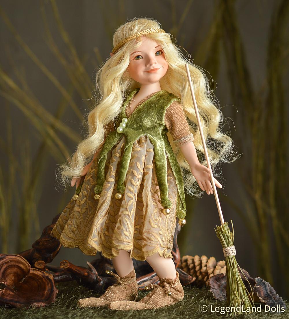 Boszorkány figura: Alicia - angyali boszorkány | LegendLand Dolls