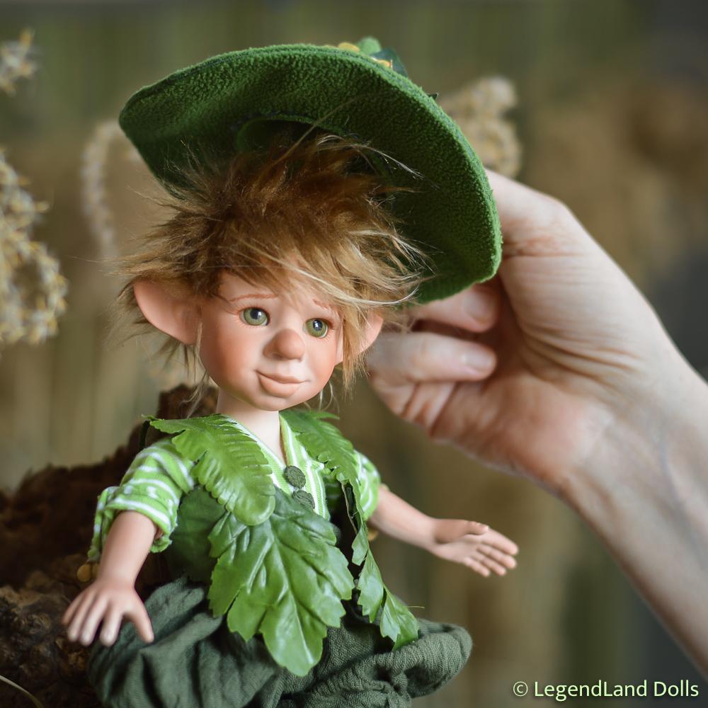 Manó figura: Martin - kertész manó   LegendLand Dolls