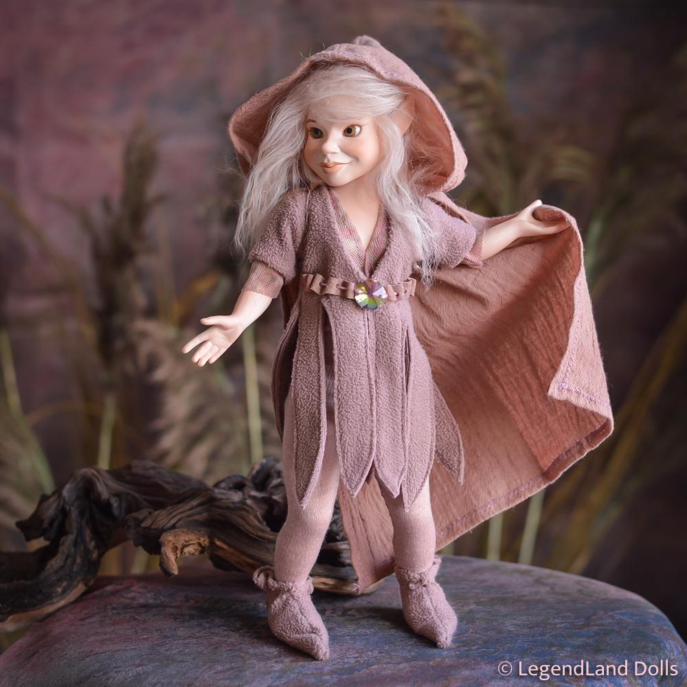 Elf lány figura: Norina - bűbájos elf | LegendLand Dolls