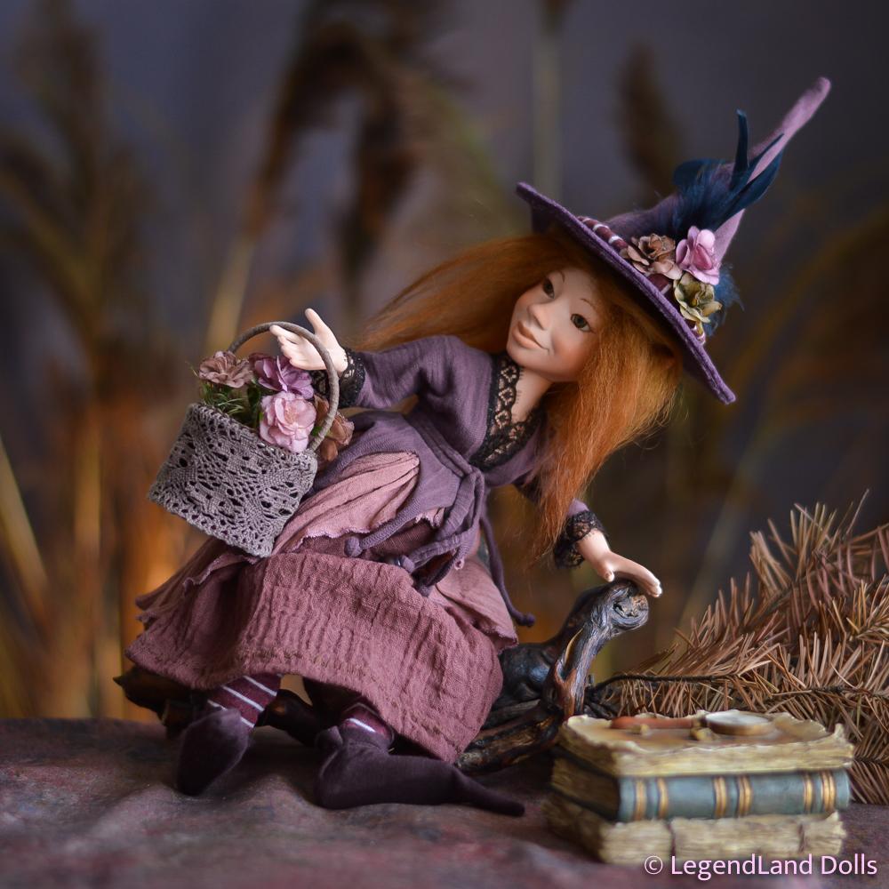 Boszorkány figura: Lucia - jóságos boszorkány   LegendLand Dolls