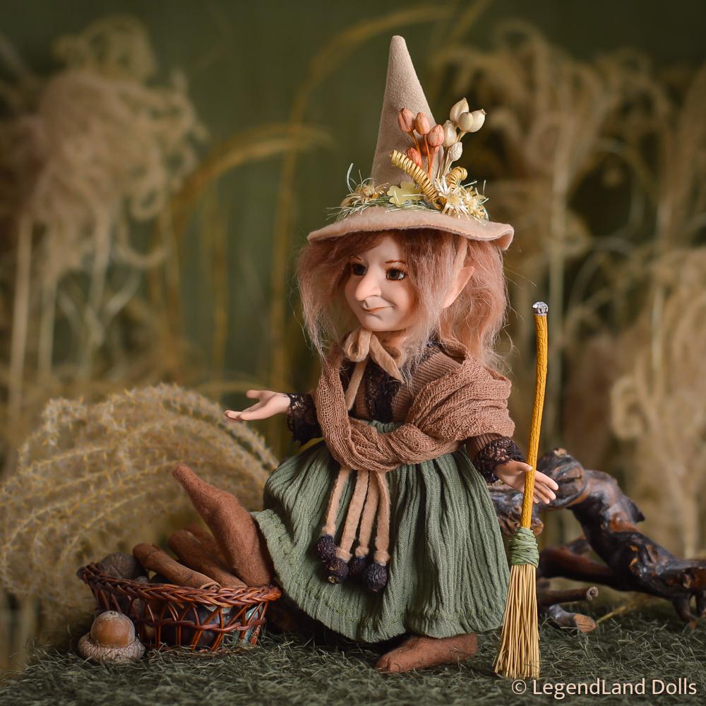 Boszorkány figura: Selma - békés boszorkány | LegendLand Dolls