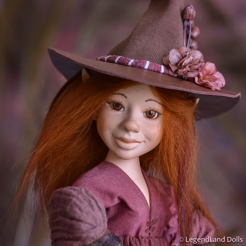Boszorkány figura: Dahlia - bámulatos boszorkány | LegendLand Dolls