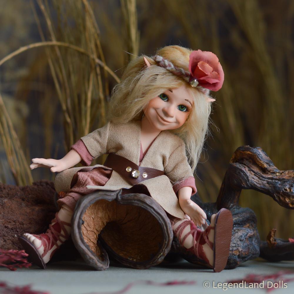 Elf figura: Nessa - a jószívű kis elf   LegendLand Dolls